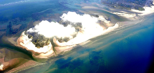 BP_Oil_spill_Chandeleur_IslandsLA